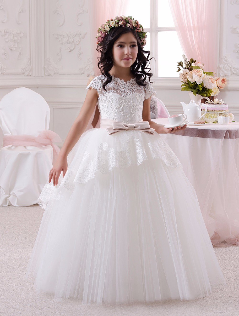 Robes de fille de fleur robes de première Communion filles enfants robes de soirée de bal blanc Satin dentelle arc ceinture enfants robe de mariée