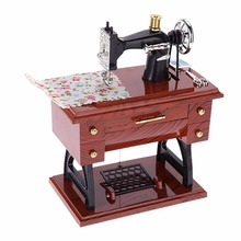 Vintage Treadle Sewing Machine Music Box Lovely Mini Sartorial Toy Clockwork Style Musical Toy Personality Birthday Gift Decor