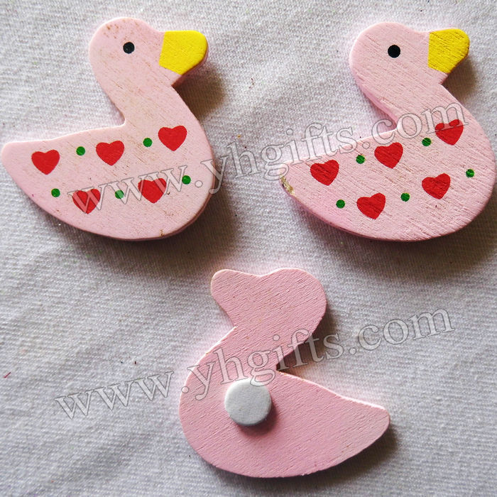 100PCS/LOT.Wood pink duck stickers,Kids toys,scrapbooking kit,Early educational DIY.Kindergarten crafts.Classic toys.3.5 x 3.8cm