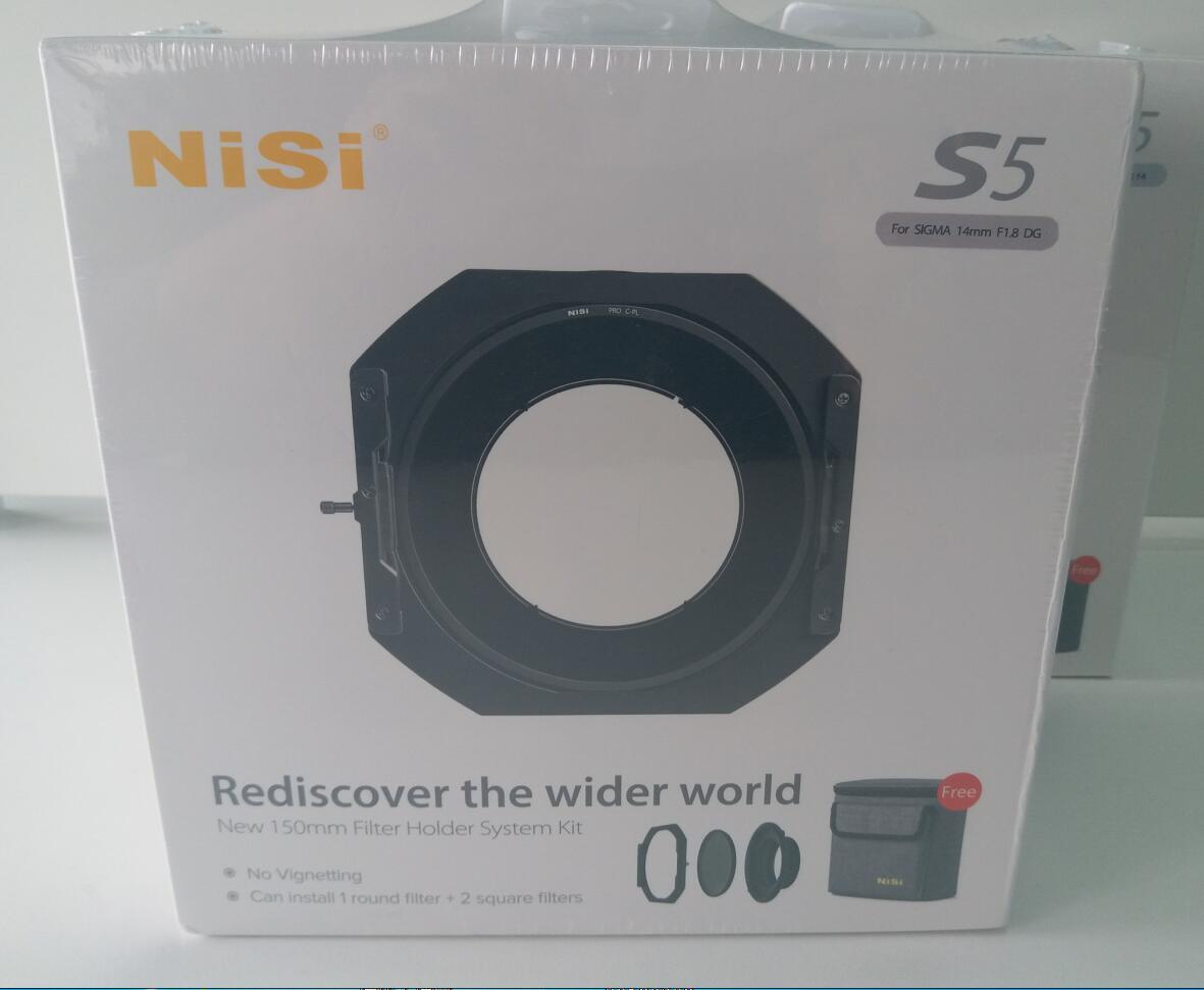 NiSi S5 Kit 150 millimetri Sistema di Supporto Del Filtro con CPL per Nikon 14-24mm/Tamron 15- 30 millimetri/Sony 12-24mm/Sigma 14mm/Sigma 14-24mm