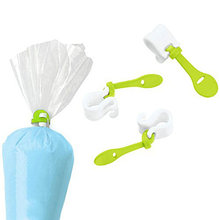 3PCs Wilton Cake Decorating Bag Clips Fondant Frosting Piping Bags Icing Cupcakes