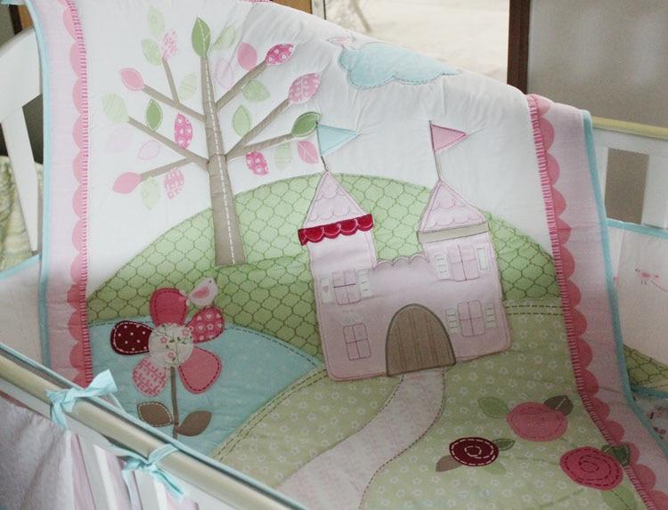 New 9 Pcs Baby Crib Bedding Set Flower Castle Baby Bedding Set Cartoon Quilt Crib Bumper Sheet Skirt Literie Pour Berceau Baby Bedding