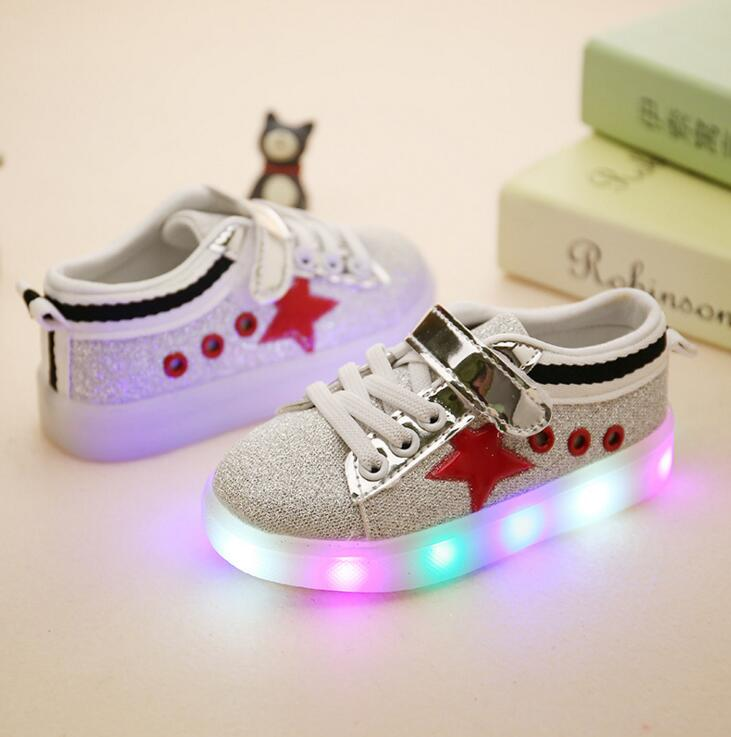2016 Child Casual Shoes Male Female Single Sport Shoes Fashion With Light LED Boys Girls Leather
