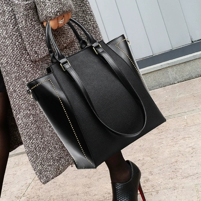NEW Luxury Brand Rivet Big Size Vintage PU Tote Handbag Women's Casual Large Capacity Shoulder Bag Girl Retro Travel Bolsa