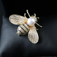 microscope brooch men and women Natural freshwater pearl cute bee corsage pin chain.scarves buckle coat accessories