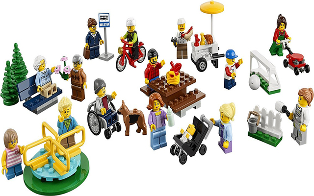 NEW 258PCS City Town Fun In The Park People Pack Construction Set ...