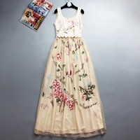 Luxury Womens Sleeveless Summer Dress Ladies Top Brand Sexy White Dresses With Flower Embroidery O Neck