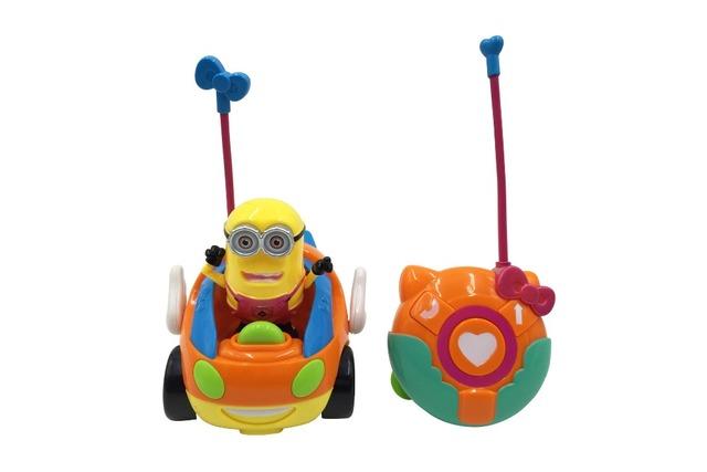 Novo bebê meninos menina brinquedos crianças carro Elétrico de Controle Remoto RC Carro De Alta velocidade Bonito Dos Desenhos Animados toy luz Frete Grátis