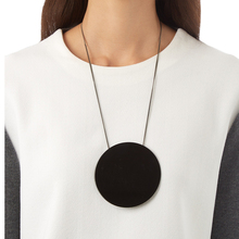 Qusfy Acrylic Necklace Fashion Trendy Big Black White Round Long False Collar Pendant Necklaces for women Bijoux nc
