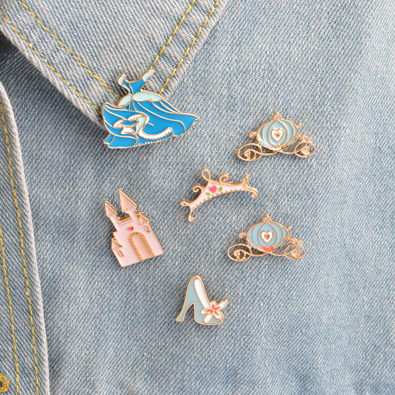 6 pcs/set Cinderella pin Icon Crystal shoe Castle Pumpkin carriage Dress Crown Brooch for Jacket Bag Shirt Pin Buckle Badge Gift