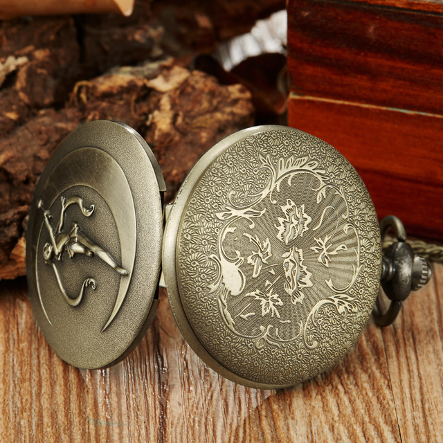 Anime Watch Colorful Sailor Moon Dial Quartz Pocket Watches Pendent Chain Bronze Full Hunter Necklace FOB Watch For Children