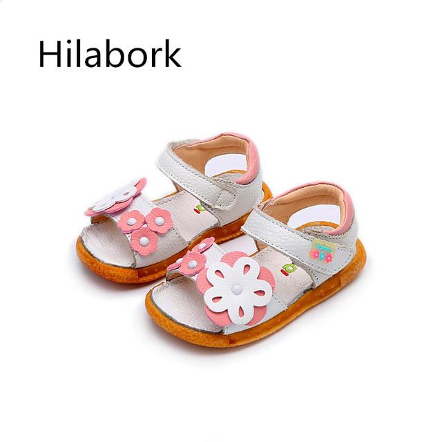 2017 verano nueva niña sandalias de cuero 1-3 años de edad las niñas flores de moda de alta calidad de cuero hueco de cuero transpirable sandalias