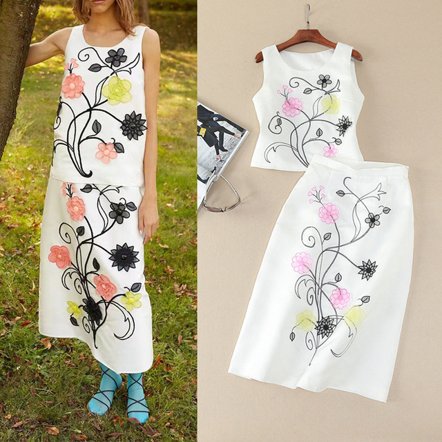 2017 Europe And United States Women's Summer And Spring New Three-dimensional Flower Embroidered Vest + Middle Skirt Suits