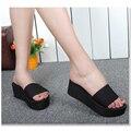 2016 Zapatos de Mujer de Verano zapatillas de Cuña de la Plataforma de baño de la Playa Flip Eva chanclas Zapatillas De Tacón Alto Para Las Mujeres de la Marca Negro de Las Señoras zapatos