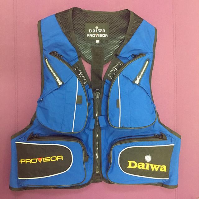Multi Pocket Fishing Vest – 6 pockets – waterproof