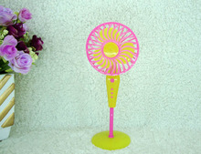 Kids Toy Doll house Furniture Fake Mechanical Fan for Barbie Dolls For Monster High Dolls Accessories Xmas Gift
