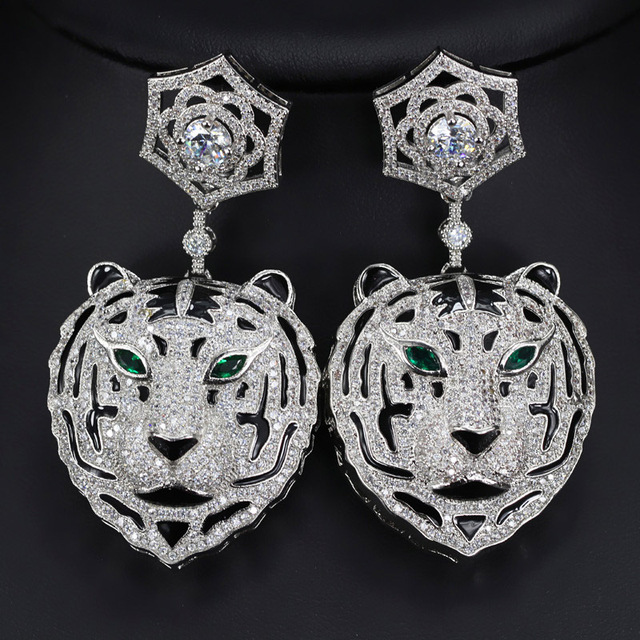 Hot fashion party jewelry full zircon panther earrings with green eyes leopard earrings lady accessories famous brand jewelry