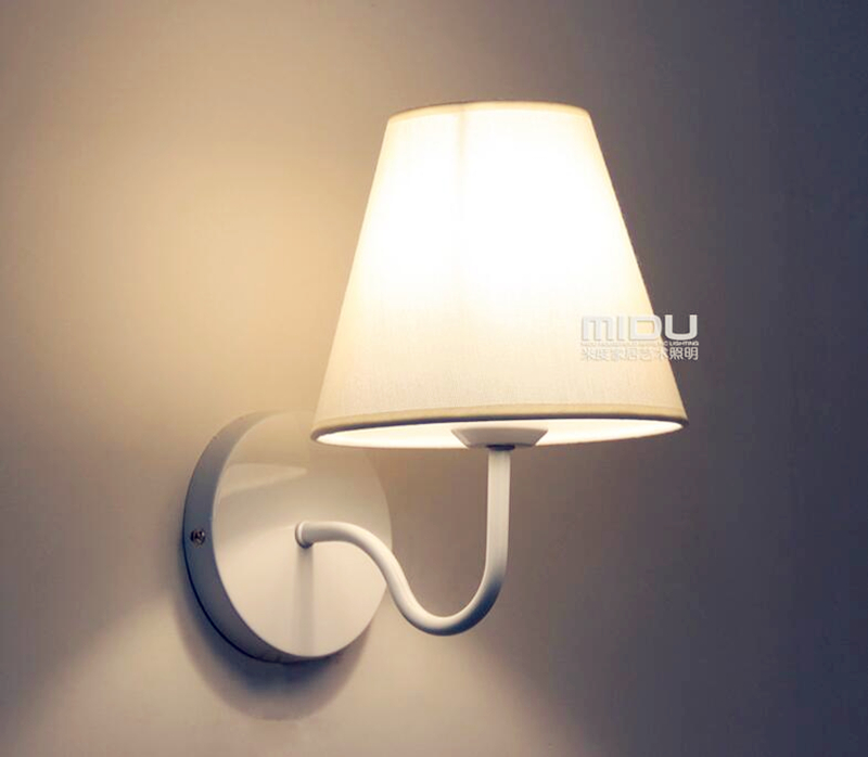 цена на NEW Wall Lamp 5W Up Down Led Wall Sconce Brief Design Led Bed Lamps Indoor Stair Lighting Led Bedside Lamp Wall Lamp Black/White