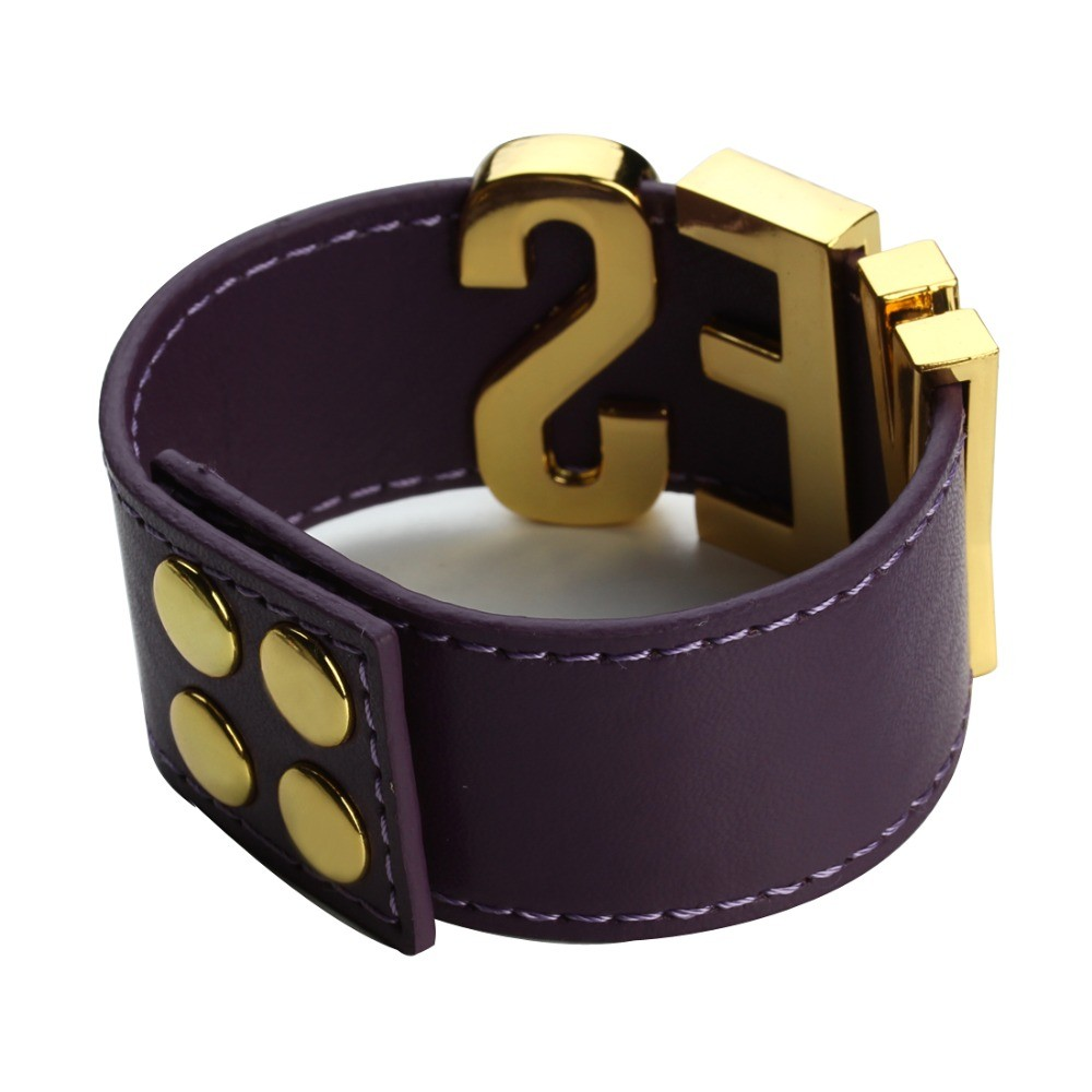 Suicide-Squad-Yes-Sir-Letter-Bracelets-Purple-Harley-Quinn-Leather-Prop-Wristband-Bracelet-for-Halloween-Cosplay (3)