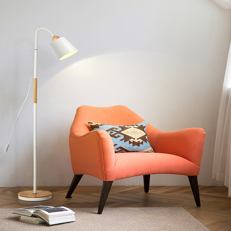 Moderne iron geschilderd hout Amerikaanse Stijl Vloer Lampen Verstelbare Hotel licht E27 LED AC 110V 220V voor studie woonkamer bed room