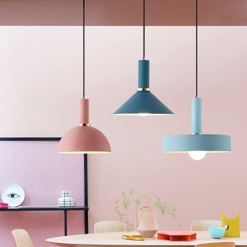 Nordic личности творческой ресторан лампа твердой древесины три одна голова маленькая люстра современный минималистский Макарон прикроватна...
