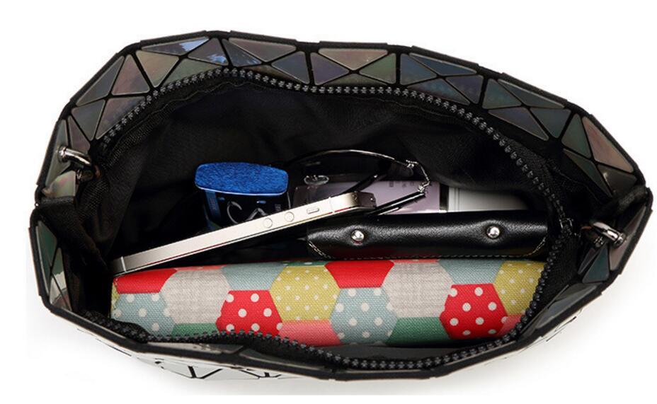 18 Famous Bao Bags Women Geometric Lingge Envelope Handbag Small Chain Clutch Ladies Shoulder Bags Messenger Bag Bao Bolsa 24