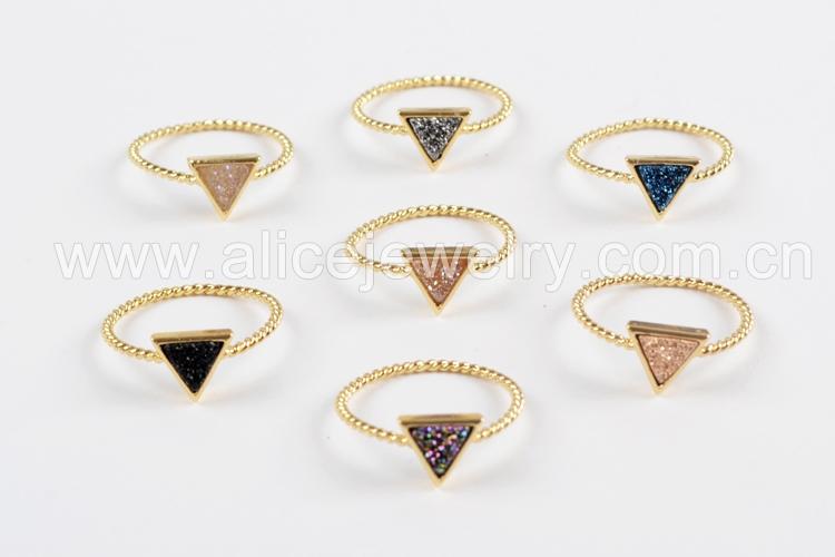 BOROSA 10PCS Gold Color Triangle Rainbow Drusy Rings, Mixed Colors Agates Titanium Rainbow Druzy Bezel Ring Women Jewelry ZG0290 1