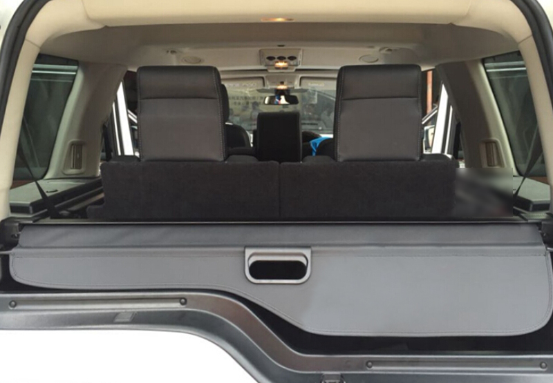 Cargo Cover Security Shield Black Color For Land Rover LR4 Discovery 4 2010-2015 for land rover lr4 discovery 4 trunk security shield cargo cover shade black 2010 2011 2012 2013 2014 2015