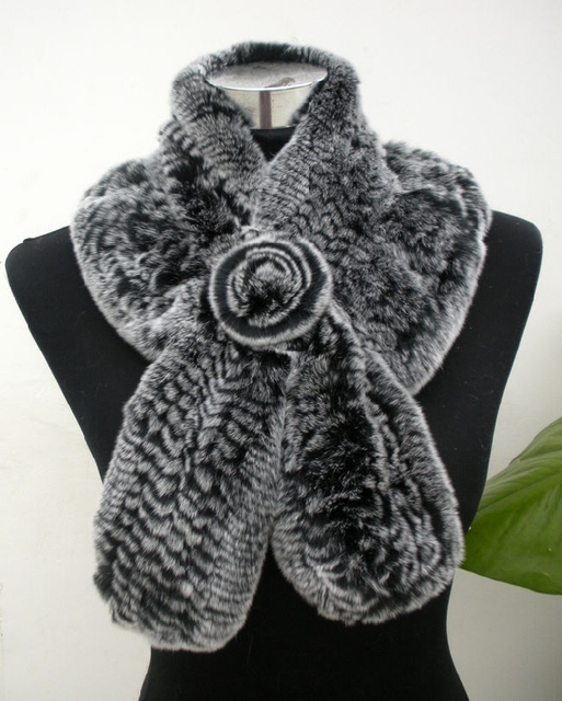 Hot Sale Winter Fur Scarf With Fur Flower High Quality Knitted Real Rex Rabbit Fur Scarves Women Wraps Winter YSC008