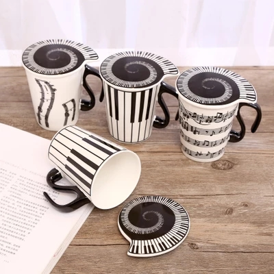 Creative music notes Mark ceramic cup couples the keyboard on the cup with a lid scoop of coffee cups gift Free shipping