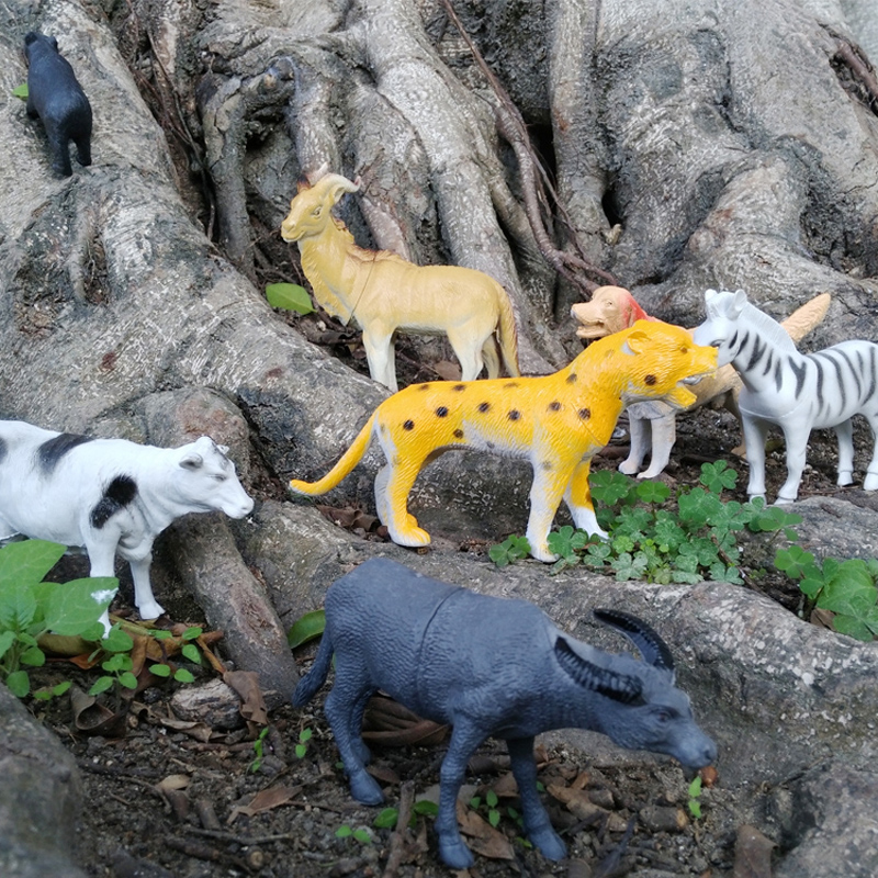 лучшая цена 40pcs/set Plastic Zoo Animal Figure Tiger Panda Giraffe Kids Toy Lovely Animal Action Figures Toys Set Decoration Gift #E