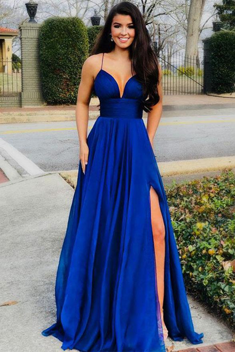 Blue goes with what color dress royal i have