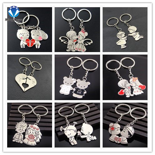 MINGXUAN 1Pair Couple Keychain Gir/Boy Key Ring Silver Plated Lovers Love Key Chain Souvenirs Valentine's Day gift 9 Styles
