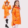 2016 Зимняя Куртка Девушки вниз пальто ребенок вниз куртки девушка duck down длинный Цветок С Капюшоном свободные пальто дети верхней одежды overcaot