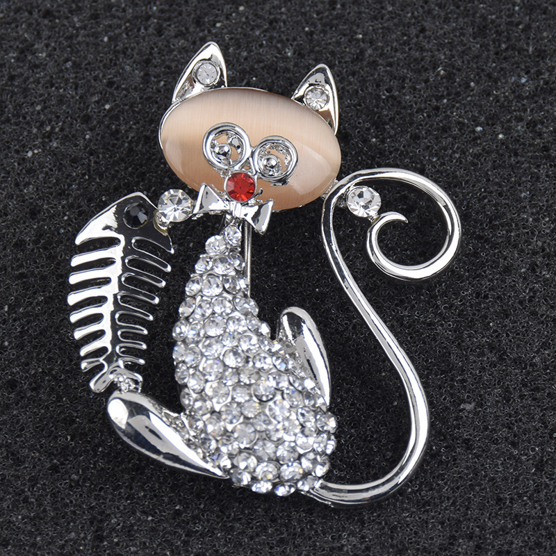 Silver Color Opal Crystal Animal Cat Fish Pins and Brooches for Women Men Scarf Clip Suit Clothes Broch Jewelry Accessories X240
