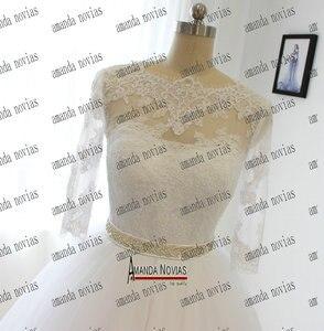 Image 2 - Vestido de novia de media manga con cinturón de cristal y Apliques de encaje, Amanda Novias, 2019
