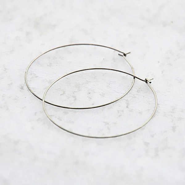 20 مللي متر 25 مللي متر 30 مللي متر 35 مللي متر الفولاذ المقاوم للصدأ دائرة كبيرة سلك الأطواق أقراط حلقة النتائج لا تتلاشى Earrings بها بنفسك أقراط صنع المجوهرات بالجملة