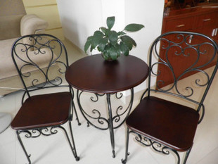 Mesas de hierro forjado y sillas sillas antiguos de spike ...