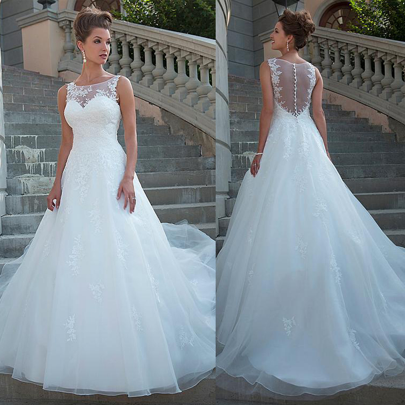 Chic Tulle Organza Scoop Neckline Natural Waistline A line Wedding Dress With Lace Appliques Bridal Dress