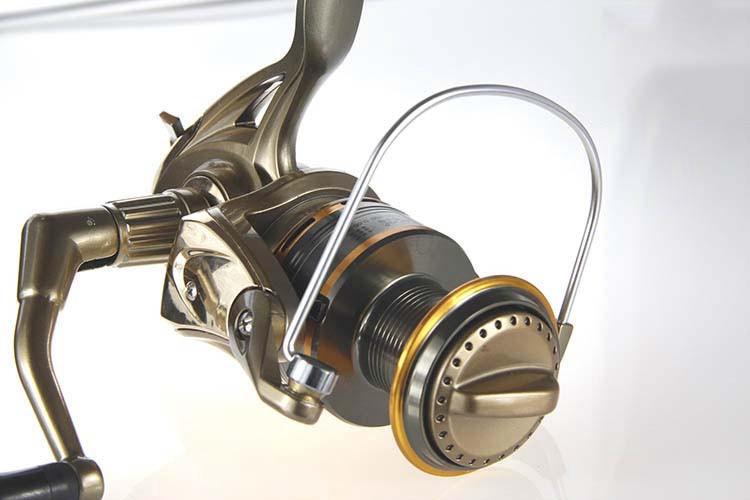 Cheap 1000-11000 Series Spinning Fishing Reel Saltwater 11 Bearing Trolling Sea Surf Casting Reels Low Profile Wheel China  (8)