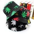Envío gratis 2016 nueva moda Hip Hop verde hoja impresión blanco casquillos de la pesca Weed sombreros del cubo para