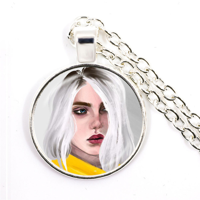 BILLIE EILISH PHOTOS NECKLACE (18 VARIAN)