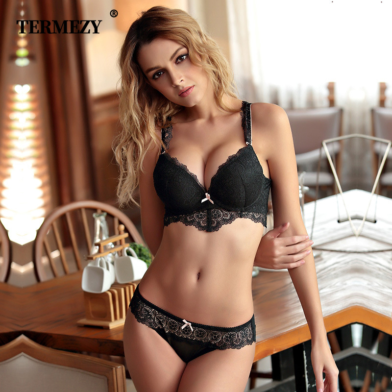 TERMEZY Sexy Lace Underwear Comfortable Sexy Side Of The Adjustable Shoulder Strap Lingerie White Black Pink Bra And Panty Set