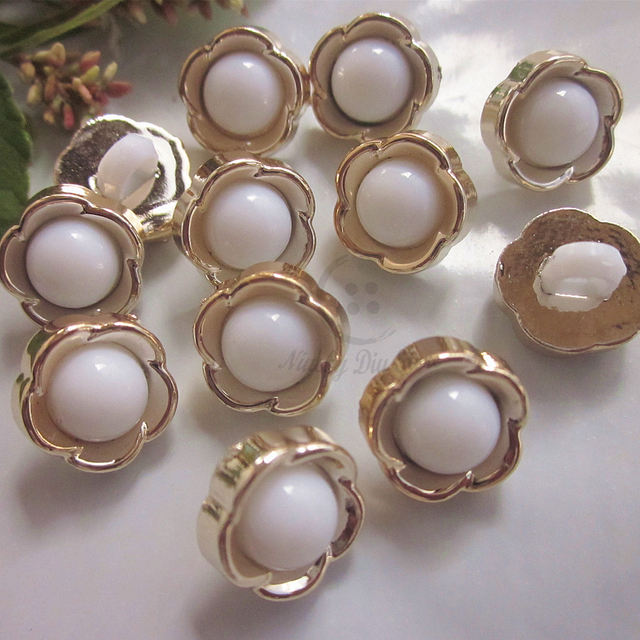 144pcs 12mm white core gold flower sweater cardigan clothing sewing buttons  diy craft handmade decorative accessories wholesale 5ff0e100abba