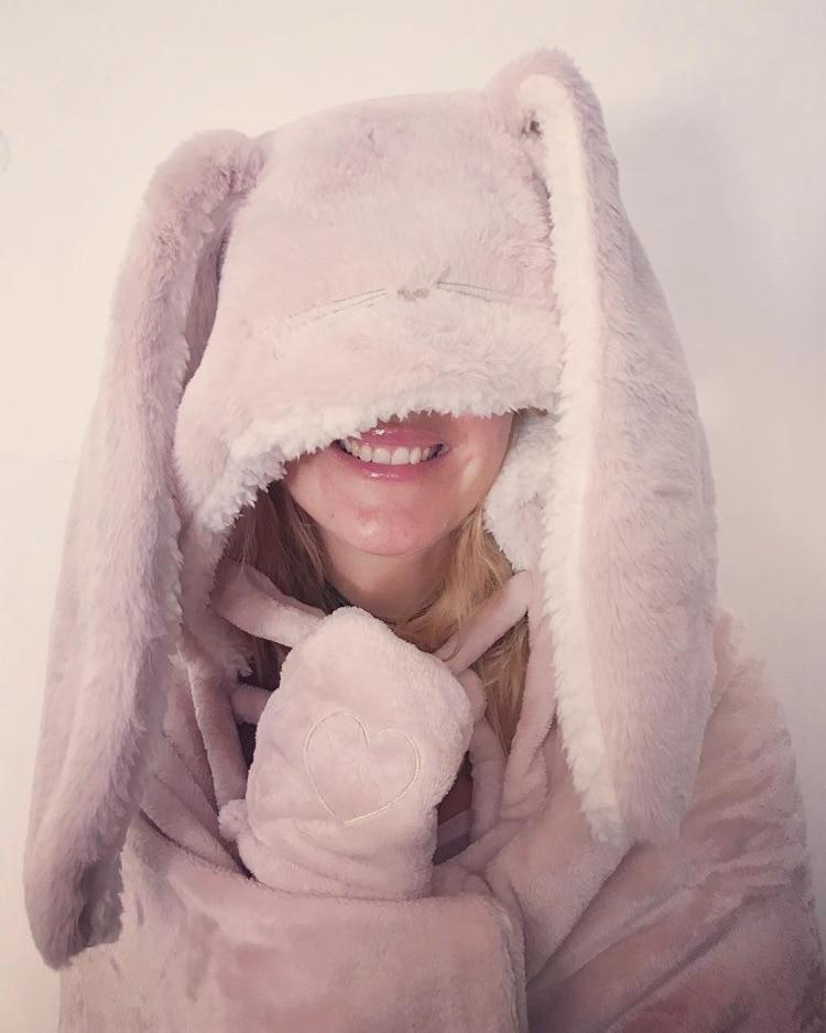 Cute Pink Comfy Blanket Sweatshirt Winter Warm Adults and Children Rabbit Ear Hooded Fleece Blanket Sleepwear Huge Bed Blankets 78
