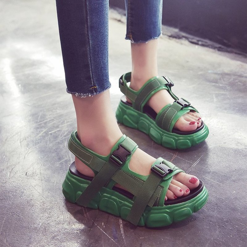 TOSJC Lady summer casual shoes platform thick bottom green color fashion shoes teenage  women sandals  sandalias mujer 2018TOSJC Lady summer casual shoes platform thick bottom green color fashion shoes teenage  women sandals  sandalias mujer 2018