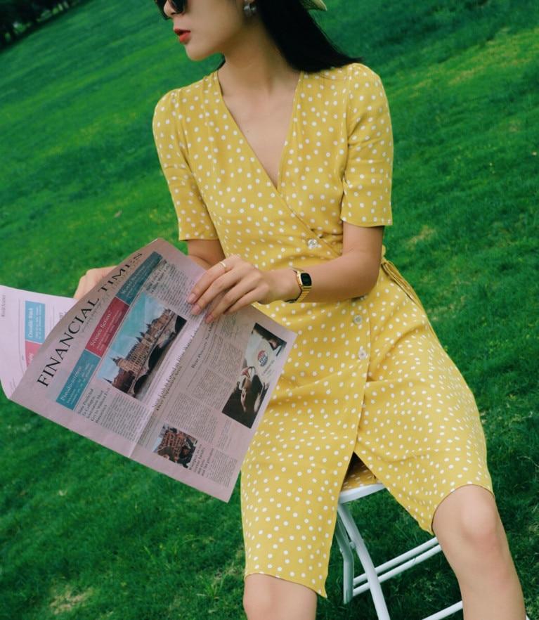 V ネック分割茶レースアップドレス女性夏半袖膝の長さの休日女性のドレス  グループ上の レディース衣服 からの ドレス の中 1