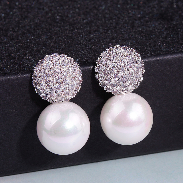 Luxury Bridal Pearl Stud Earrings For Women
