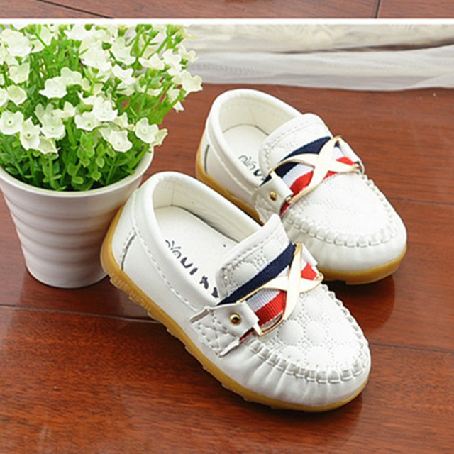 Elegant Small Children Leather Shoes Good Quality Sewing Checkered casual shoes for kids boys 2017 Metal Rivet Party Shoe A03071