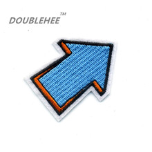 DOUBLEHEE 4cm*5cm Embroidered Iron On Patches Sky Blue 3D Arrow Direction Motif Design Embroidery For DIY T-shirt Bags Applique